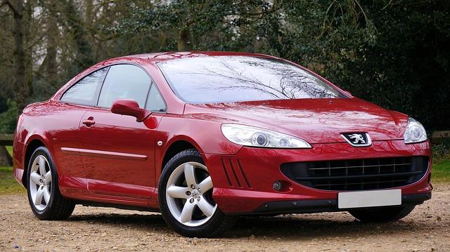červený Peugeot