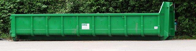 zelený kontejner