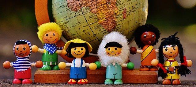 figurky různých národností