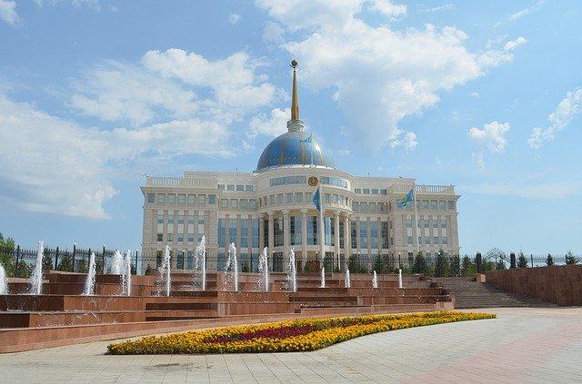 budova v kazachstánu