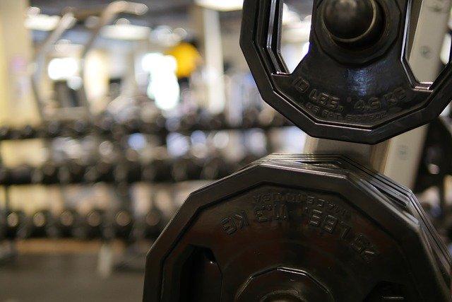 vahy v tělocvičně